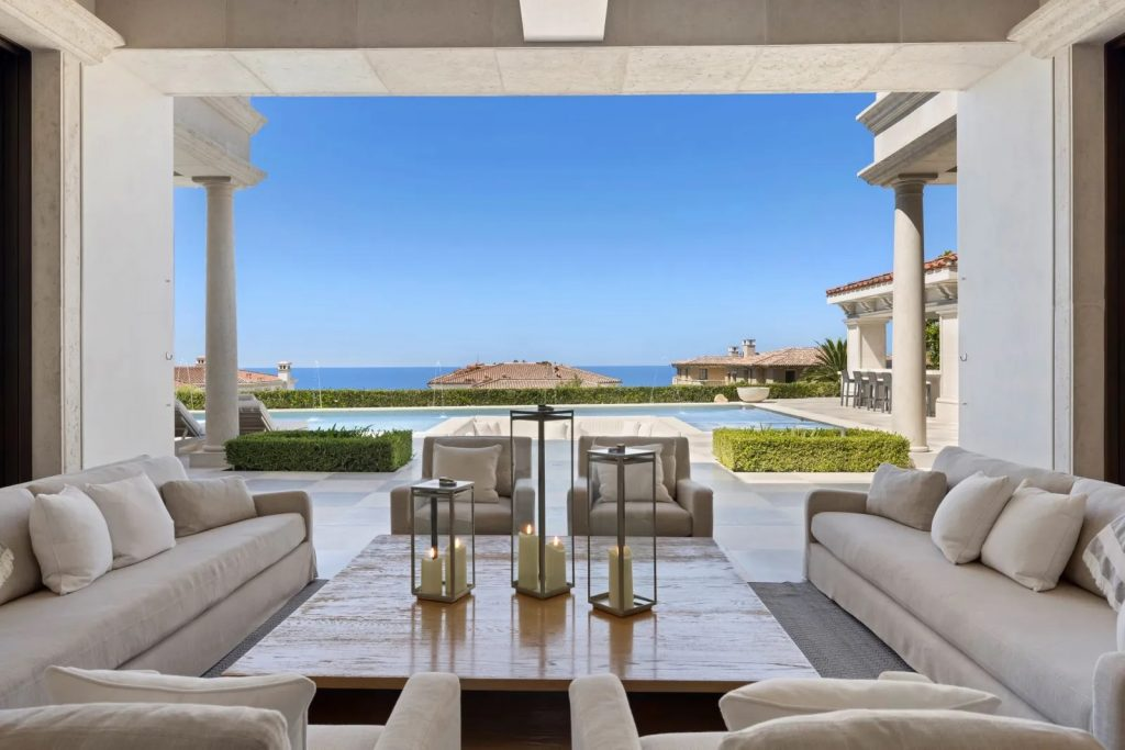 New & Notable Luxury Homes For Sale Over $16m | October 2021